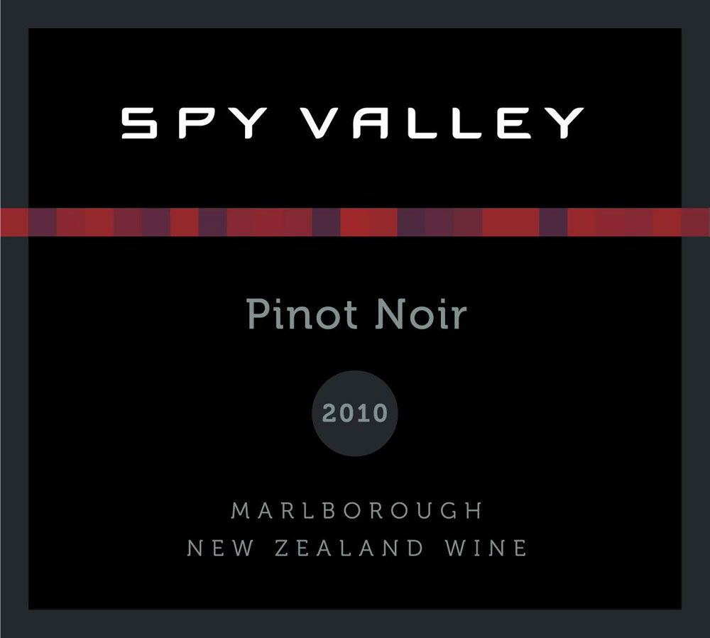 Spy Valley Pinot Noir 2010 Front Label