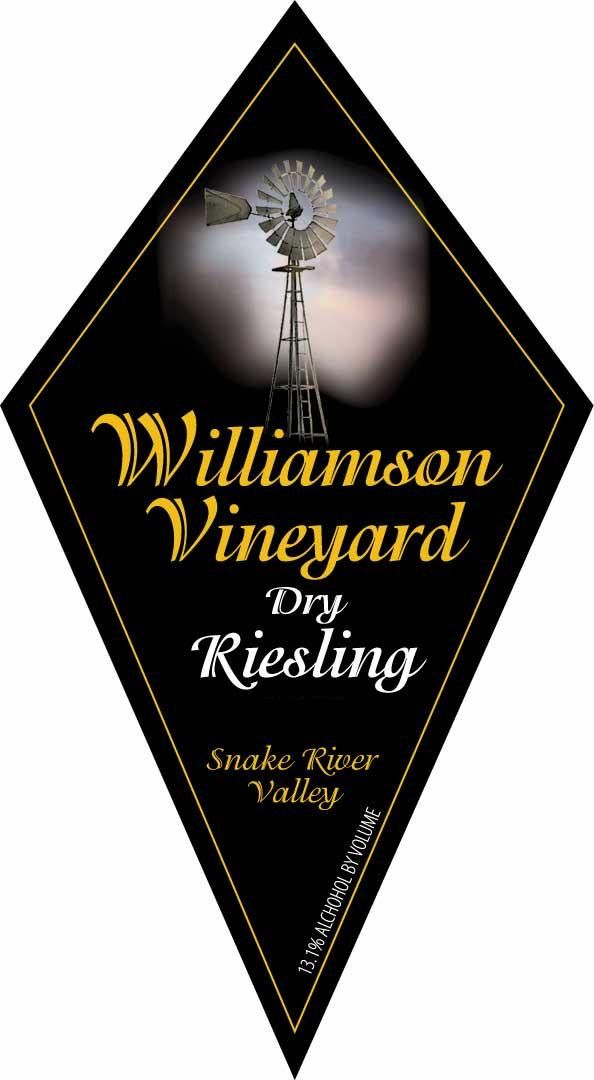 Williamson Orchards & Vineyards Dry Riesling 2013 Front Label