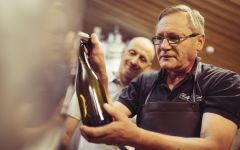 Domaine Auvigue Michel & Sylvain Auvigue Hand-bottling Winery Image