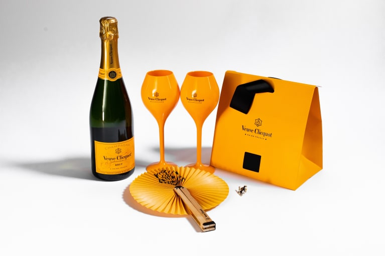 Veuve Clicquot Yellow Label Bottle with Summer Essentials Set  Gift Product Image